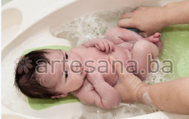 Kako pripremiti kupke za novorođene bebe?